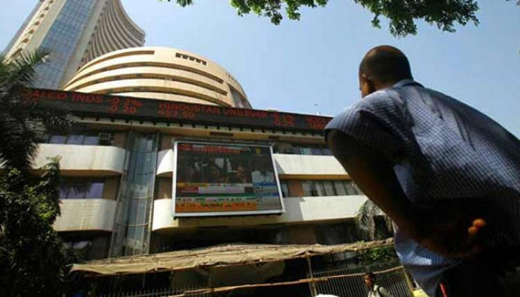 Sensex, Nifty open flat; Tata Motors, Hero MotoCorp gain